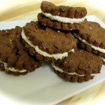 Oreo Style Cookies *raw vegan,all organic,gluten free and sugar free*