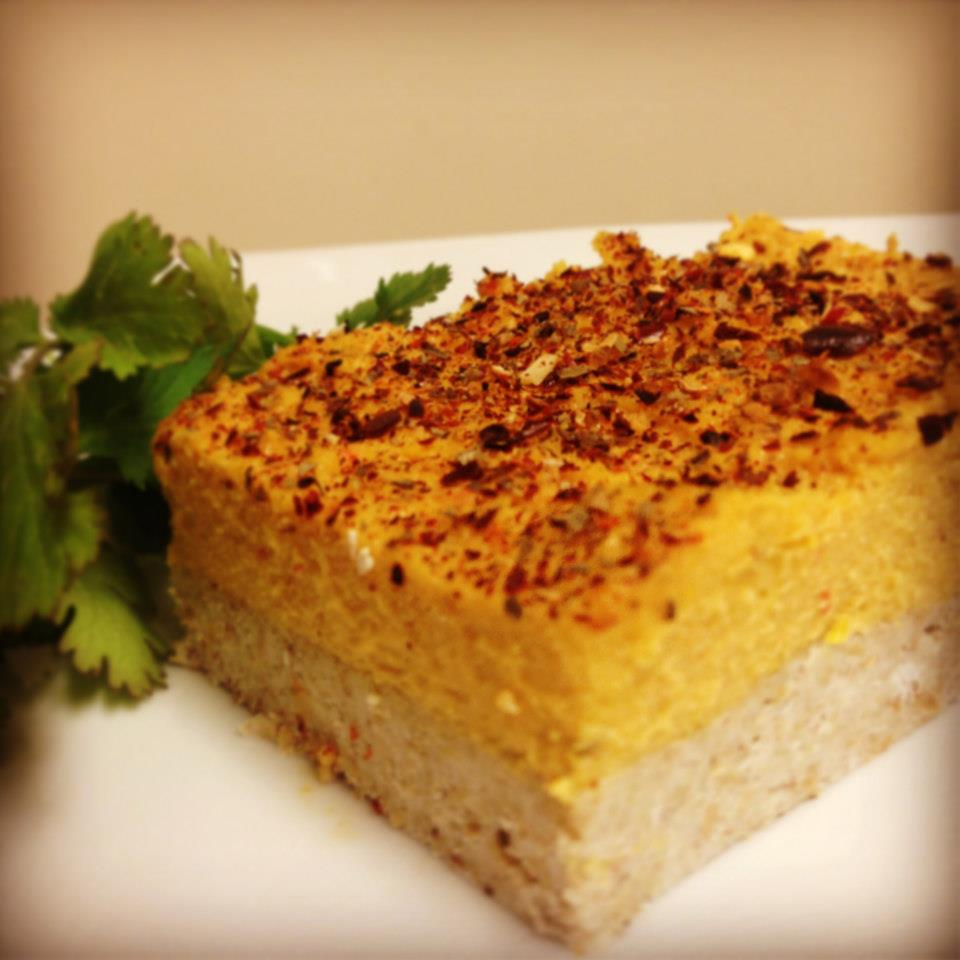 Cheezy Pepper Bell Quiche with a buckwheat crust and cashew fresh bell pepper cheese. *raw, vegan and gluten free*